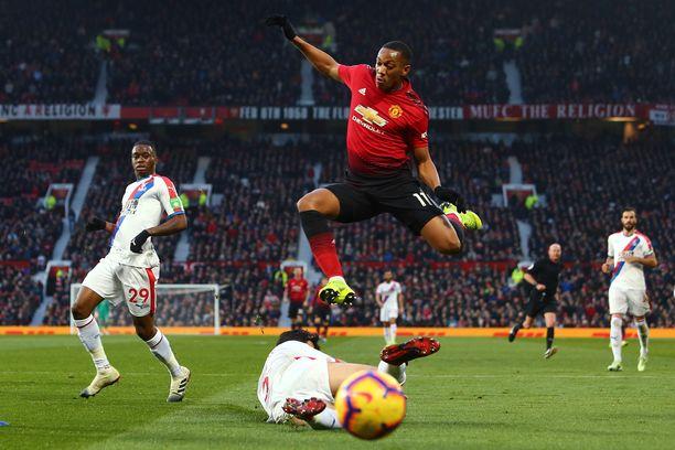 Anthony Martialin viiden liigaottelun mittainen henkilökohtainen maaliputki tuli päätökseen Crystal Palacea vastaan.