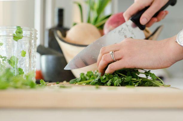 Kotona kokkaava saa reseptejä ja vinkkejä Instagramin kautta.