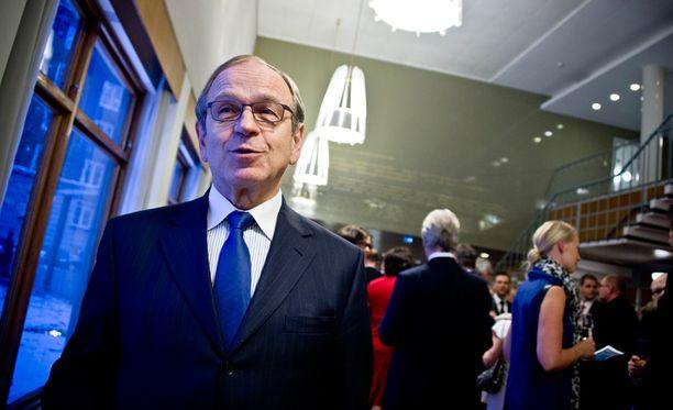 Liikanen kertoi EKP:n päätöksen taustoista saksalaislehdelle.