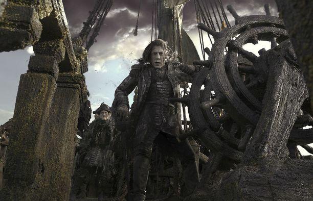 Bardemin roolihahmo on pahamaineinen kapteeni Salazar.