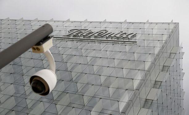 Espanjalainen teleoperaattori Telefonica joutui sulkemaan palveluitaan jouduttuaan kyberhyökkäyksen kohteeksi.