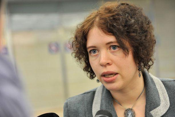 Anna Kontulan vuodelta 2011 peräisin oleva blogikirjoitus lähti kiertämään netissä Heidi Hautalan tuoreen veronkiertokohun johdosta.