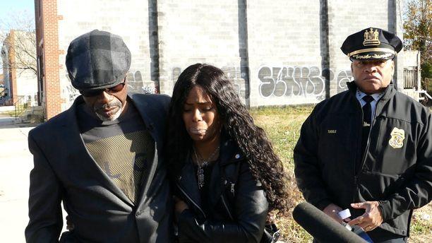 Keith Smith ja hänen tyttärensä Shavon menettivät silmittömän väkivallanteon takia vaimon ja äidin.