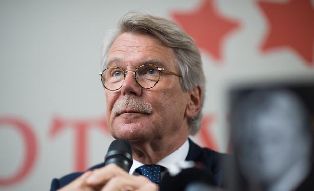 Nordean hallituksen puheenjohtaja Björn Wahlroos totesi torstaina Nordean yhtiökokouksessa, että pääkonttori uusi osoite voisi olla Suomessa tai Tanskassa.