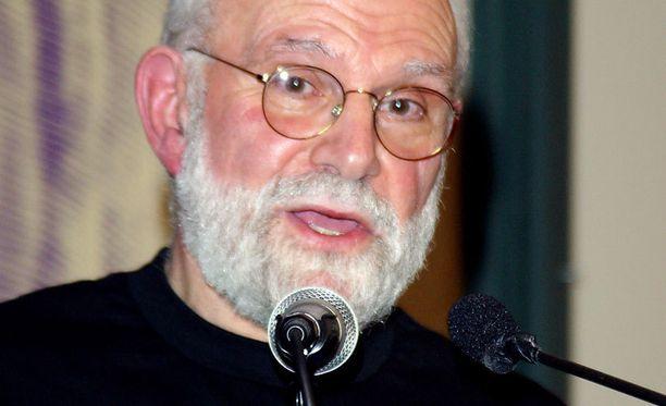 Oliver Sacksin sairastamaa syöpää ei voi pysäyttää.