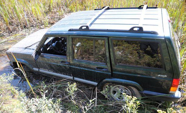 Freinin pakomatkalla aluksi käyttämä auto löytyi suoalueelta.