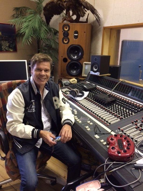 Jussi Niemen studiolla Jyväskylässä on äänitetty lukuisia tunnettuja kappaleita.