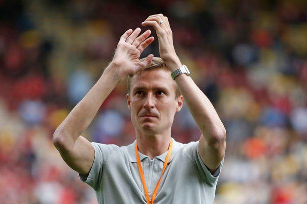 Motoneuronitautia sairastava Stephen Darby vieraili Liverpoolin harjoitusottelussa kauden alla.