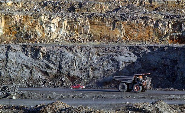 Jos yksityistä rahaa kaivoksen pyörittämiseen ei ole luvassa, kaivoksesta on tulossa iso lasku veronmaksajille.