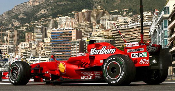 Kimi Räikkönen kiihdytti harjoitusten kakkoseksi Monacon jylhissä maisemissa.
