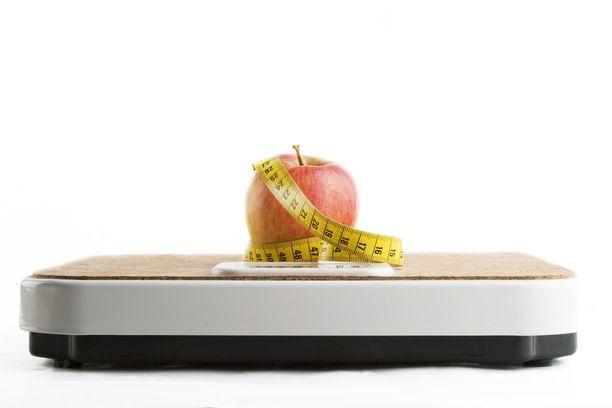 Nuorten ylipainon ja lihavuuden yleisyys on THL:n mukaan huolestuttavaa. Kuvituskuva.