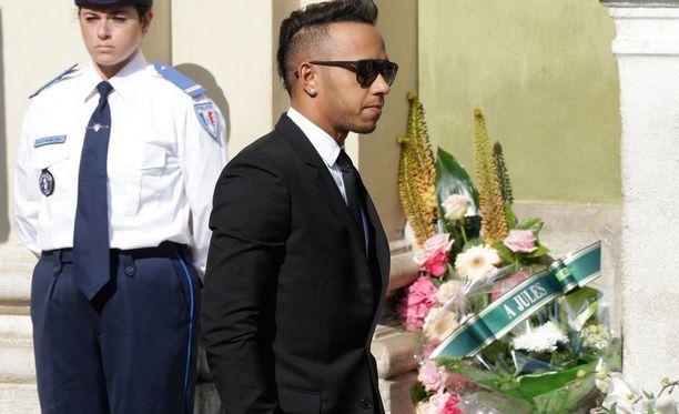 Lewis Hamilton osallistui Jules Bianchin hautajaisiin.