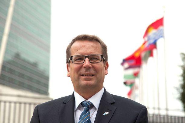 Jarmo Viinanen ei ole ensimmäinen suurlähettiläs, jonka ulkomaanpesti päättyy ennen aikojaan.