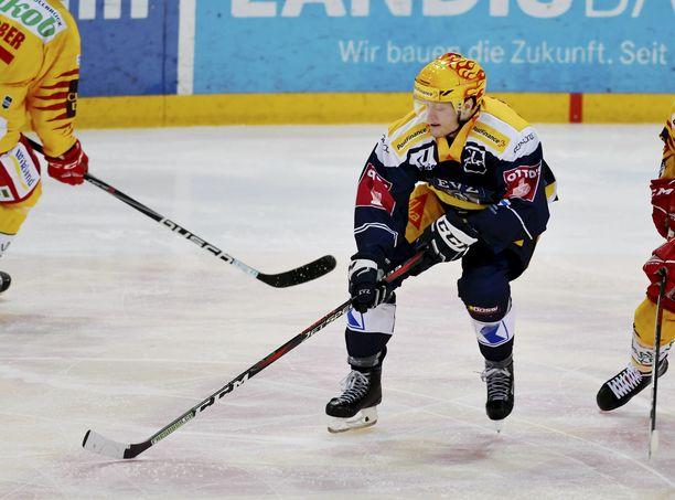Carl Klingberg loukkaantui hurjassa tilanteessa Sveitsissä.