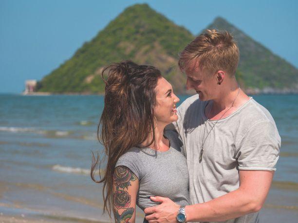 Parisuhteet joutuvat koetukseen Temptation Islandilla.