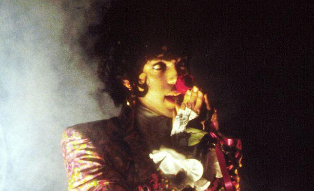 Princen kerrotaan olleen ennen kuolemaansa varsin huonossa kunnossa.