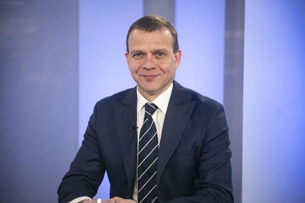 Kokoomuksen puheenjohtaja Petteri Orpo uskoo, että puolueen kannatusalamäki on nyt ohi.