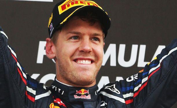 Sebastian Vettel siirtyi MM-pisteissä johtoon Etelä-Korean GP:n jälkeen.