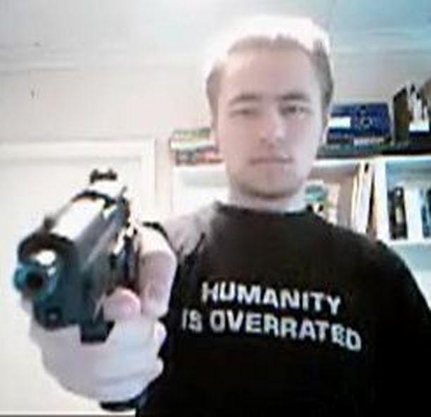 Pekka-Eric Auvisen ase oli 22-kaliiberinen Sig Sauer Mosquito -pistooli.