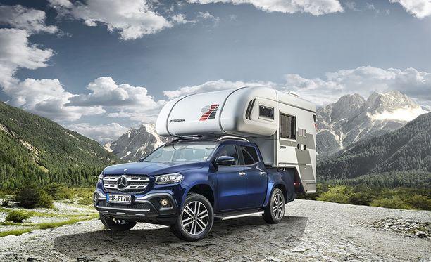 Melkoinen yhdistelmä karavaanarille, joka haluaa offroad-kykyisen Mercedeksen neljällä sänkypaikalla.