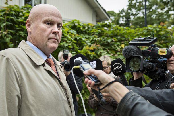 STTK:n puheenjohtaja Antti Palola pitää Metsäteollisuus ry:n ratkaisua valitettavana.