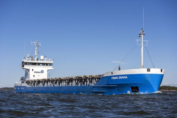 Venäläismies putosi mereen Prima Donna-laivalta myöhään sunnuntai-iltana. Anton Tasanen sai pelastettua hänet merestä.