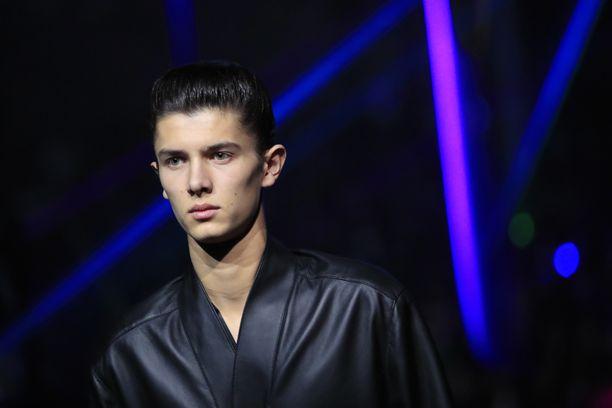 Принц Николай, помимо прочего, работал моделью для Dior.