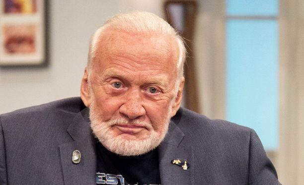 86-vuotias Aldrin aikaisemmin tänä vuonna.
