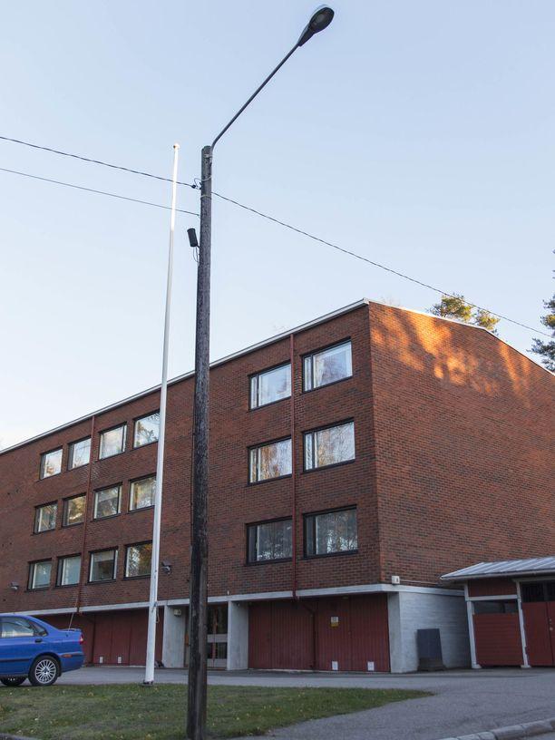 Naapuruston asukkaan mukaan asunnosta oli kuulunut väkivallan ääniä elokuisena iltana.