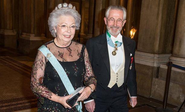 Prinsessa Christina aviomiehensä Tord Magnusonin kanssa.