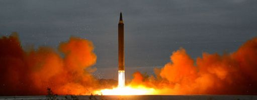 Pohjois-Korea testasi ballistista ohjusta elokuun lopulla ja teki samalla viikolla myös ydinkokeen. Niiden seurauksena maalle asetettiin lisää pakotteita.