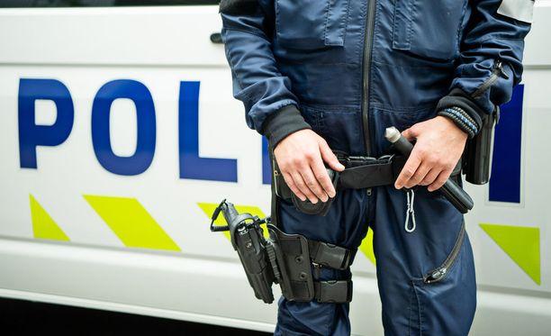 Poliisi tutkii epäiltyä murhan yritystä.