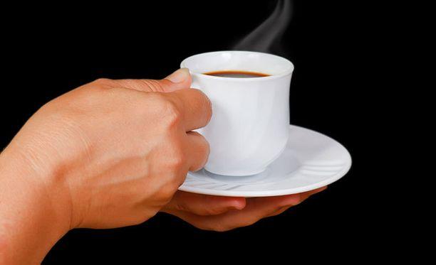 Riski kuolla maksakirroosiin on kahvinjuojilla pienempi.