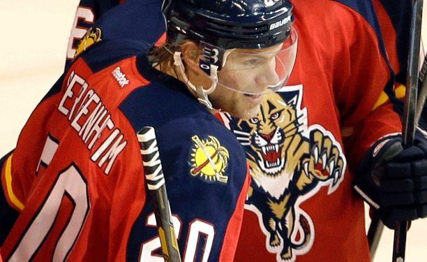 Floridan Sean Bergenheim teki kauden kuudennen ja seitsemännen maalinsa.