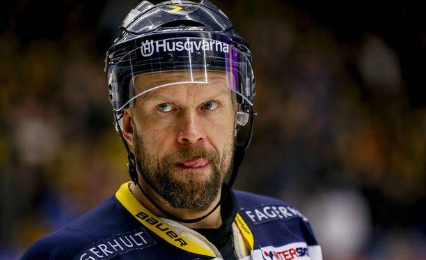 Päihteet olivat tuttuja Jere Karalahdelle NHL-uran aikana.