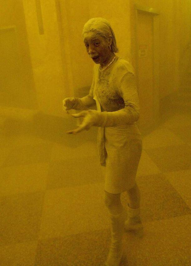 AFP:n valokuvaaja Stan Honda otti kuuluisan valokuvan Marcy Bordersista syyskuun 11. päivänä 2001.