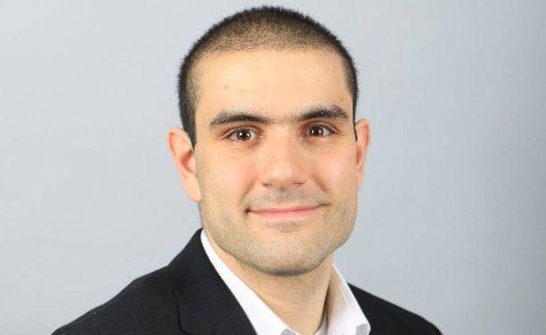 Alek Minassianin kuva hänen Linkedin-profiilissaan.