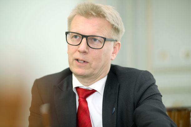 Valtiosihteeri Kimmo Tiilikainen (kesk) nimitettiin GTK:n pääjohtajaksi torstaina.