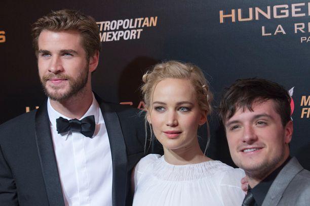 Syylliset vessakommentteihin: Liam Hemsworth ja Josh Hutcherson.