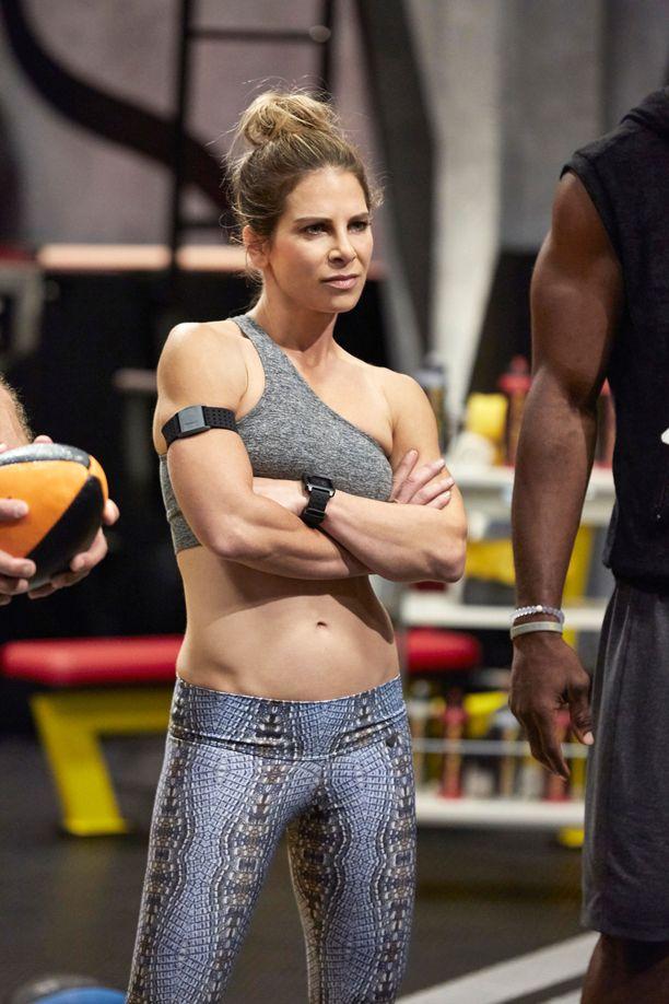 Jillian Michaels vuonna 2015 kuvatussa Sweat Inc. -sarjassa.