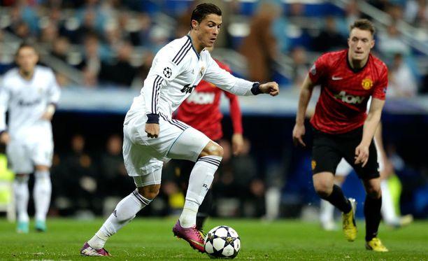 Real Madrid ja Manchester United ovat arvotavaraa.