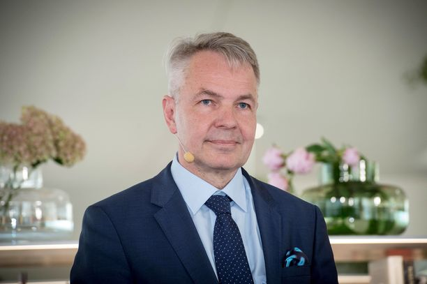 Perustuslakivaliokunta pui ulkoministeri Pekka Haaviston virkatoimien lainmukaisuutta.