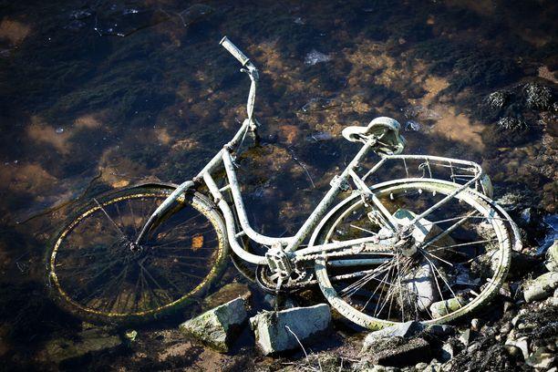 Pyörällä polkeminen humalassa on rikos, jos siitä aiheutuu vaaraa liikenteelle. Kuvituskuva.