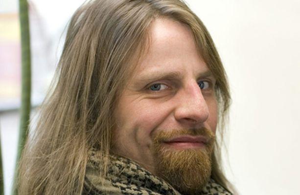 Jone Nikula ryhtyy luotsamaan kuudesti vuodessa ilmestyvää talouslehteä.