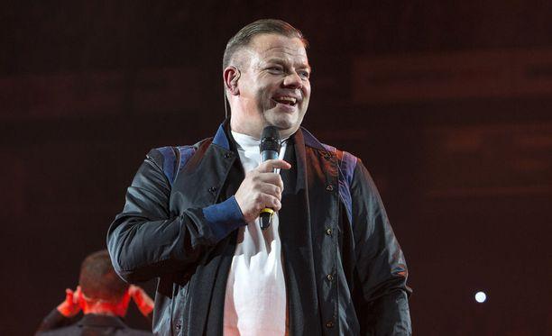 Laulaja Jari Sillanpää joutui otsikoihin, kun hänet pidätettiin Helsinki-Vantaan lentoasemalla 1,5 viikkoa sitten.