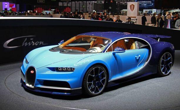 Bugatti Chiron 420 km/h (rajoitettu nopeus).
