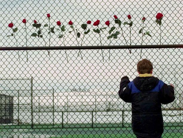 Columbinen massamurha oli verisyydessään poikkeuksellinen. Useat sen jälkeen ilmi tulleet koulusurmaa suunnitelleet tai sellaisen toteuttaneet ovat sanoneet ihannoivansa tekoa.