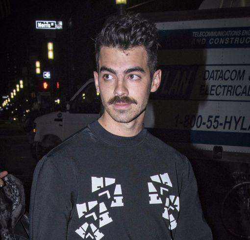 Joe Jonas ihastutti aikoinaan poikabändi Jonas Brothersissa.