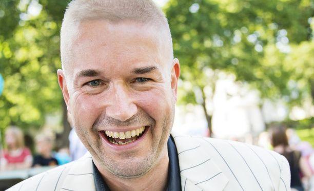Marco Bjuström nautiskelee parhaillaan Espanjan lämmöstä.
