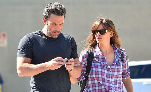 Jennifer Garnerin ja Ben Affleckin kerrotaan yrittäneen ratkoa suhteensa ongelmia jo pitkään.